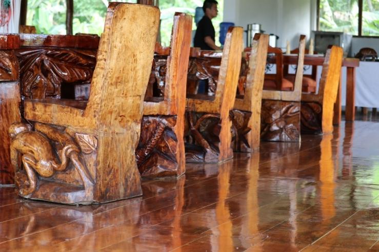 IMG_4855 lodge chairs (1024x683)